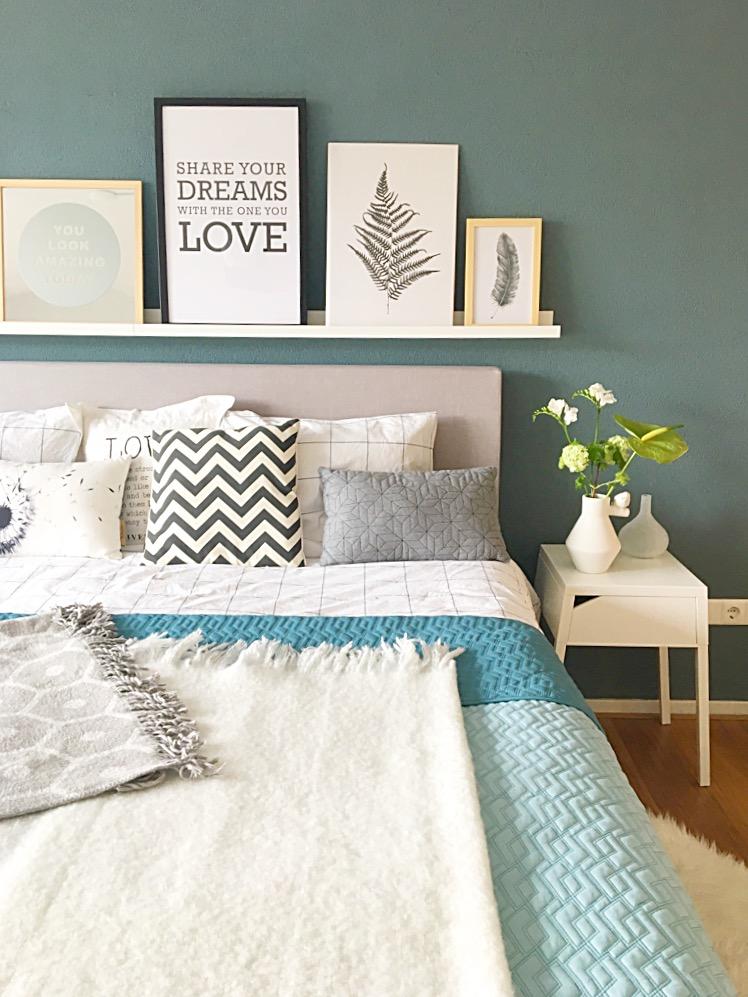 Een nieuw bed homebysoph for Plank boven bed