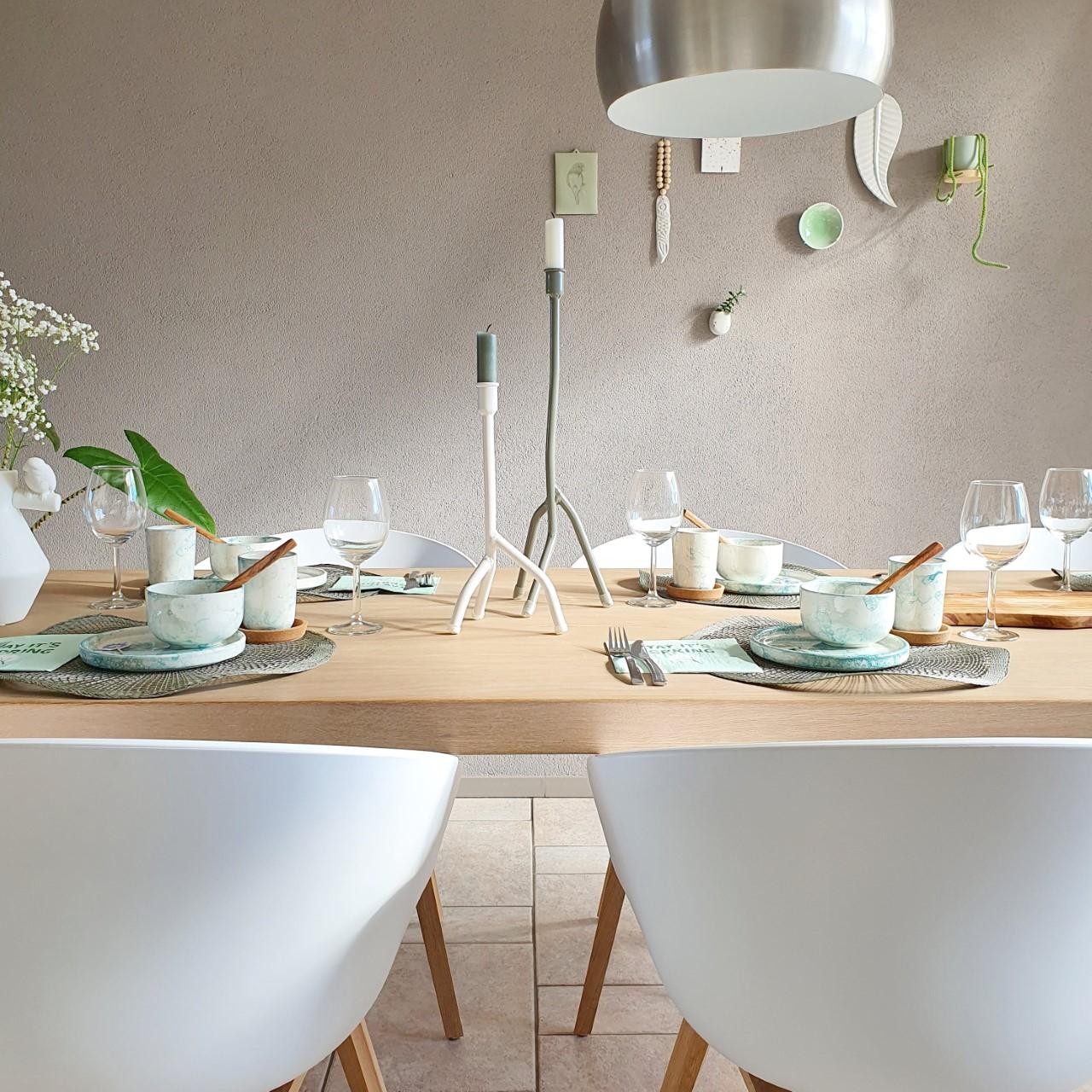 gedekte tafel met espuma servies